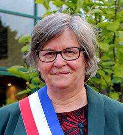 Mme Dollé, Maire